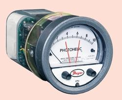 Photohelic Pressure Switch