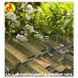 Guaiac Wood Oil for Fragrance Compounds