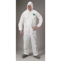 Disposable Coverall For Type 5 and 6 Applications