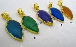 Chinese Jade Quartz Arrowhead Pendant
