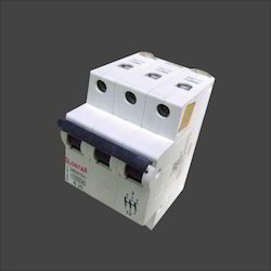 Triple Pole Miniature Circuit Breaker
