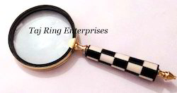 Wooden Handle Magnifying
