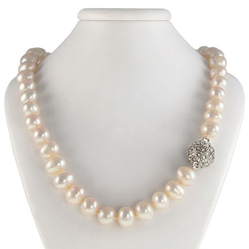 6945fae291aa9 Pearl Necklace at Best Price in India