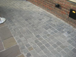 Cobblestone Paving Stone