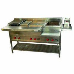 Vadapav Cooking Counter