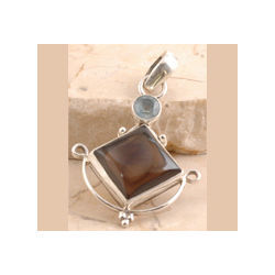 Smoky Quartz Pendent Set in 925 Sterling Silver