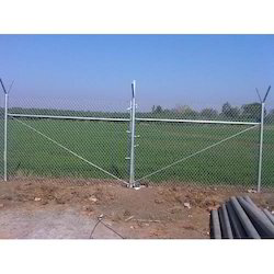 Galvanized Iron (GI) 8 To 16 Swg Chain Link Fence System