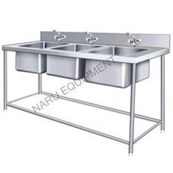 SS Three Sink Unit ( 72 x 24 x 34 ) Steel Sink Unit
