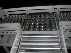 Roller Conveyor with Ball Transfer Unit
