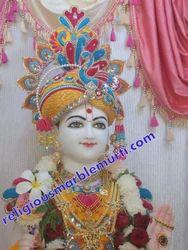 Lord Swaminaraiyan Statue