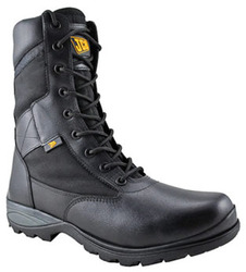 combater safety shoes