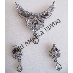 White Polished American Diamond Pendant Set