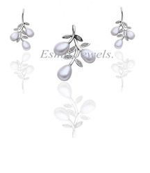 Pave C.Z. Pearl Pendent Set