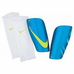 huge discount f1fe5 6718c Nike Mercurial Lite Shin Guard