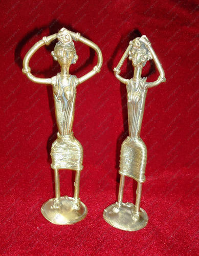 Women Carrying Woods Metal Handicrafts Handicraft Shop India