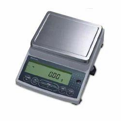 Electronic Diamond Scales