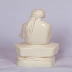 Sai Synthetic Ivory Items Statue