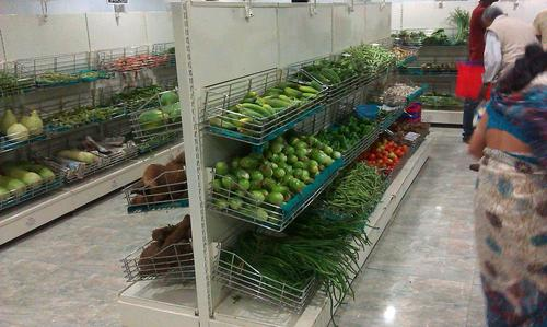 Ss Shopping Trolleys Vegetable Display Racks
