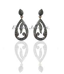Pear Diamond Earring