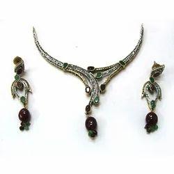 Unique Victorian Necklace Set