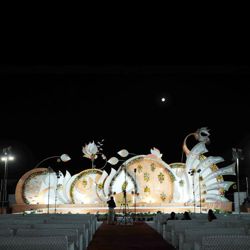 Theme wedding stages iron world manufacturer in 22 godam theme wedding stages junglespirit Image collections