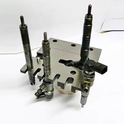 Common Rail Injector Holding Fixture