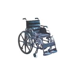945ad6df117 Aluminum Wheelchair with Desk Length Armrest