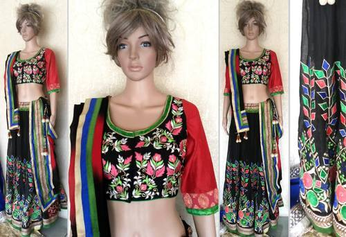 e6c31dc8ed Chaniya Choli - Ladies Chaniya Choli Retailer from Anand