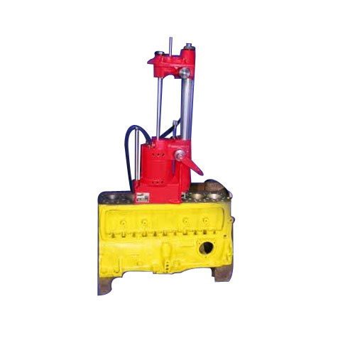 Manufacturer of Cylinder Boring Machine & Hydraulic Honing