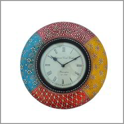 Wooden Painted Colonial Colors Clock