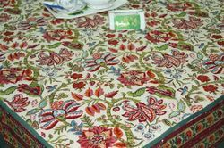 Pretty Country French Style Tablecloth with A Printed Border