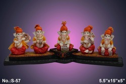 Multicolor Glossy Finish Fibre Ganesh Statue, Table, Model Number: S/57