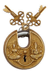 aakrati Normal Brass Padlock Carved Round Shape with Two Key