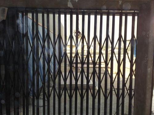 Rolling Shutters Doors Amp Gates Collapsible Gate