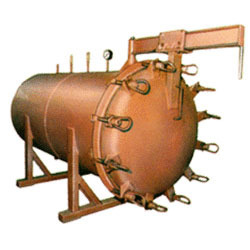 Steam Vulcanizer Machine