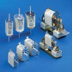 Semiconductor Fuses (URM-Knife-Blade-Contact-German-Standar)