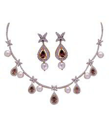 Fresh Water Pearl ,Garnet And White AD Necklace Set