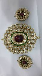 Red Stone Pendent Set