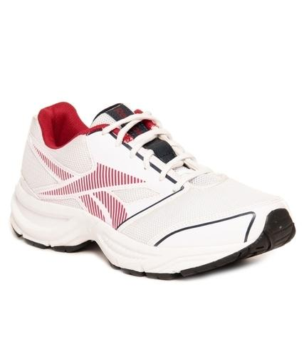 b99a4fa8e339 Reebok City Runner Lp White   Red Running Shoes at Rs 2858  pair ...