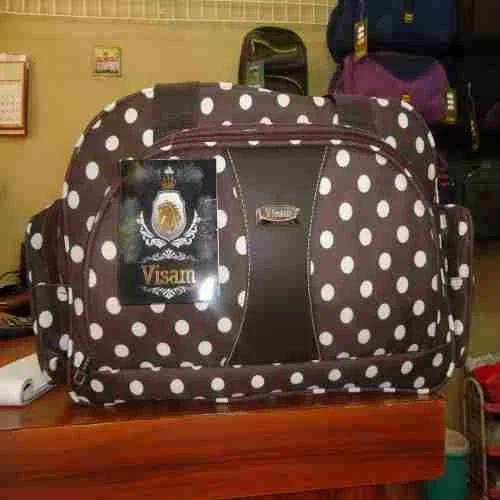 2bdda1cb3995 Fancy Luggage Bag