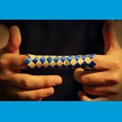 Finger Trap Puzzle