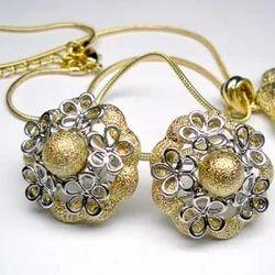 Designer Stone Earring