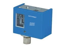 Utility Pressure Switch, 220 V, Electrical Rating: AC-3