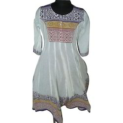 Stylish Embroidered Kurti