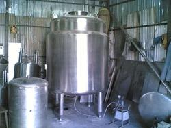 Water Injection Tanks