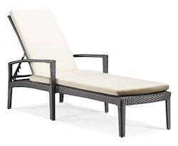 Pool Loungers & Beds