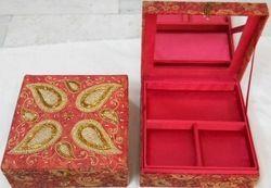 Beaded Zari Handicraft Box