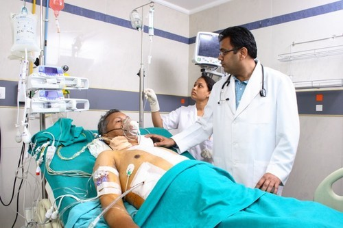Critical Care Unit in Ab Road , Indore , VISHESH DIAGNOSTICS PRIVATE  LIMITED | ID: 6993910233