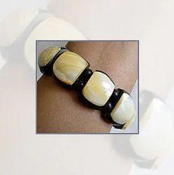 Horn Jewellery (RC050)