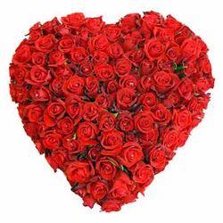 50 Red Rose Heart Shape Basket